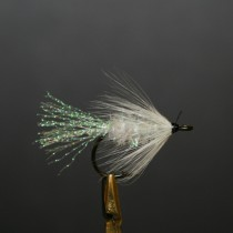 h7001_fishfighter_teaser_white_lure_fly